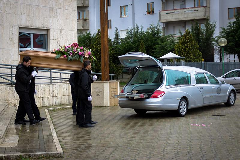 Servizio funebre La Rinascente